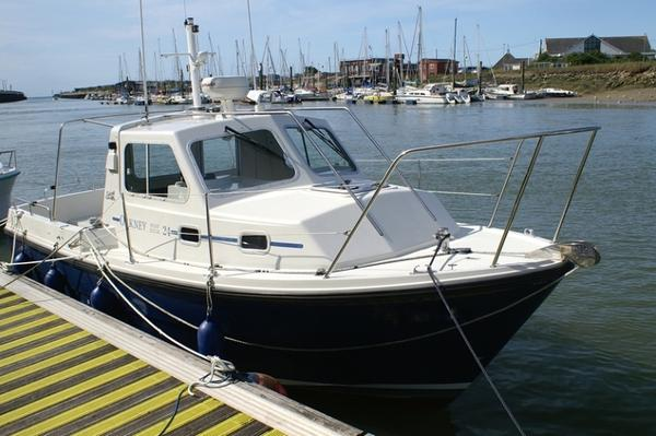 Orkney Boats Pilothouse 24