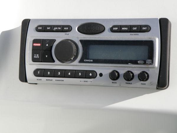 AM/FM/CD stereo