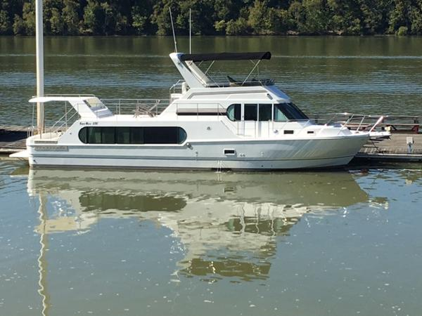 Harbor Master 520 Pilothouse Motor Yacht