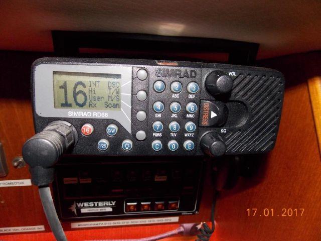 Simrad RD68 DSC VHF
