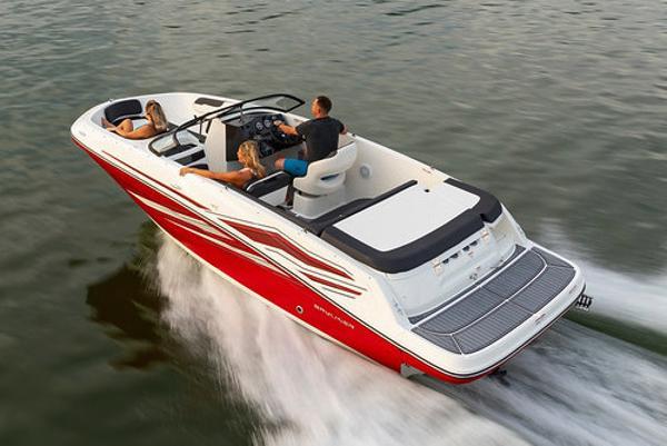 Bayliner VR5 Bowrider I/O Manufacturer Provided Image