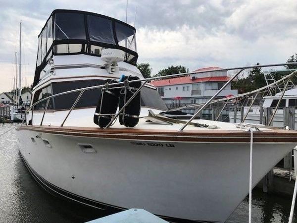Egg Harbor Sedan Docked