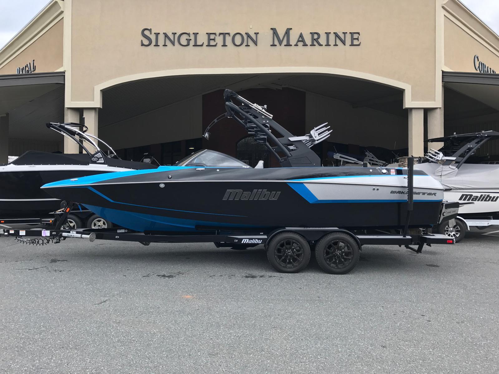 Malibu Boats LLC Wakesetter 24 MXZ