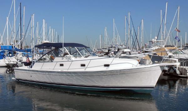 Mainship Pilot 34 Liberty