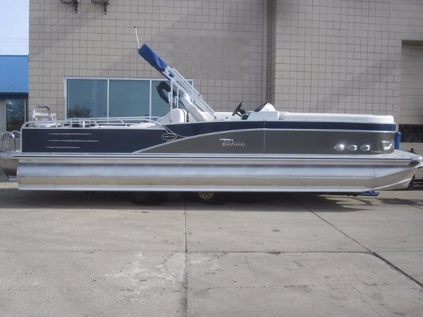 Tahoe Pontoon Vista Rear Lounger - 27'