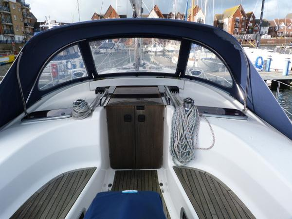 Bavaria 40 - View of Sprayhood