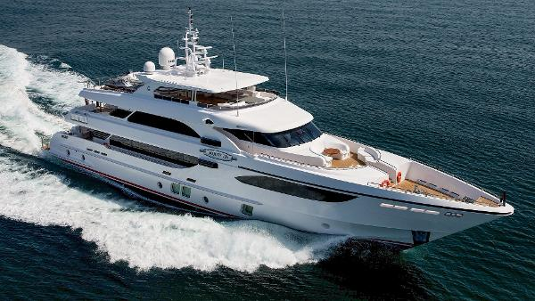 Majesty Yachts Majesty 135 Manufacturer Provided Image