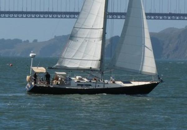 C&C 43 Custom 1973/2010 Evening Star sailing on the Bay