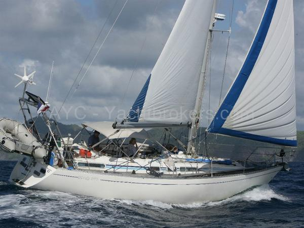 Marine Projects Moody 376 AYC - Moody 376