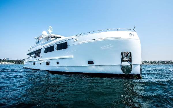 Mengi Yay Trawler 32M Bow / Profile (original)