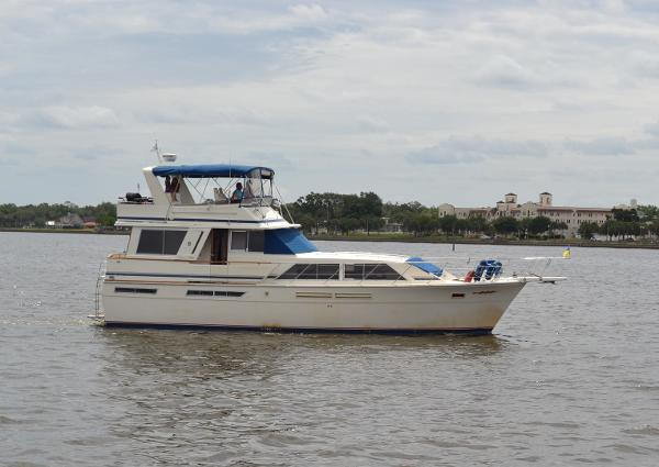 Chris-Craft 500 Constellation Motor Yacht
