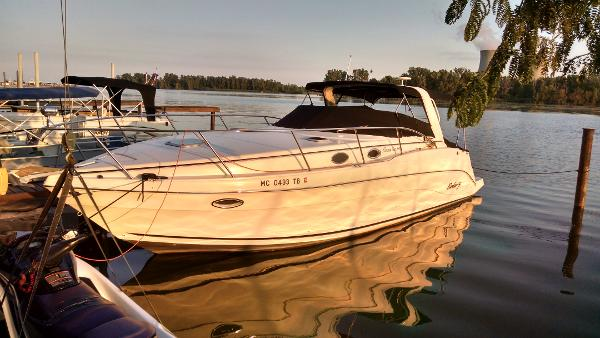 Rinker 342 Express Cruiser