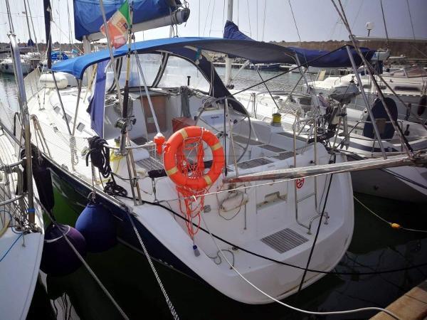 Beneteau Oceanis Clipper 393 BENETEAU - OCEANIS 393 - exteriors