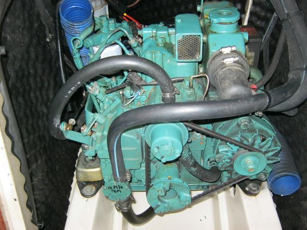 Beneteau Oceanis 281 - Volvo inboard diesel