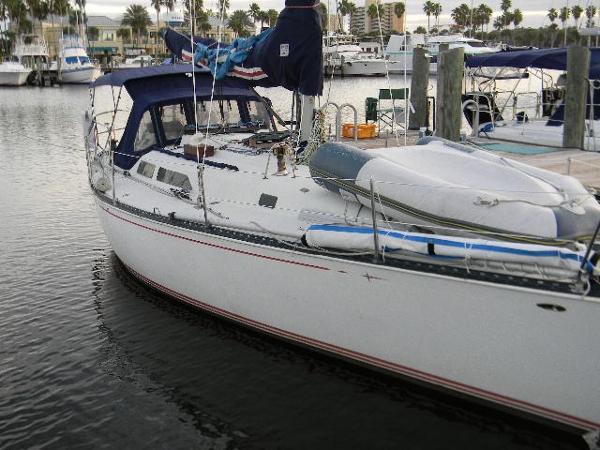 C&C 40 Centerboard Cruiser