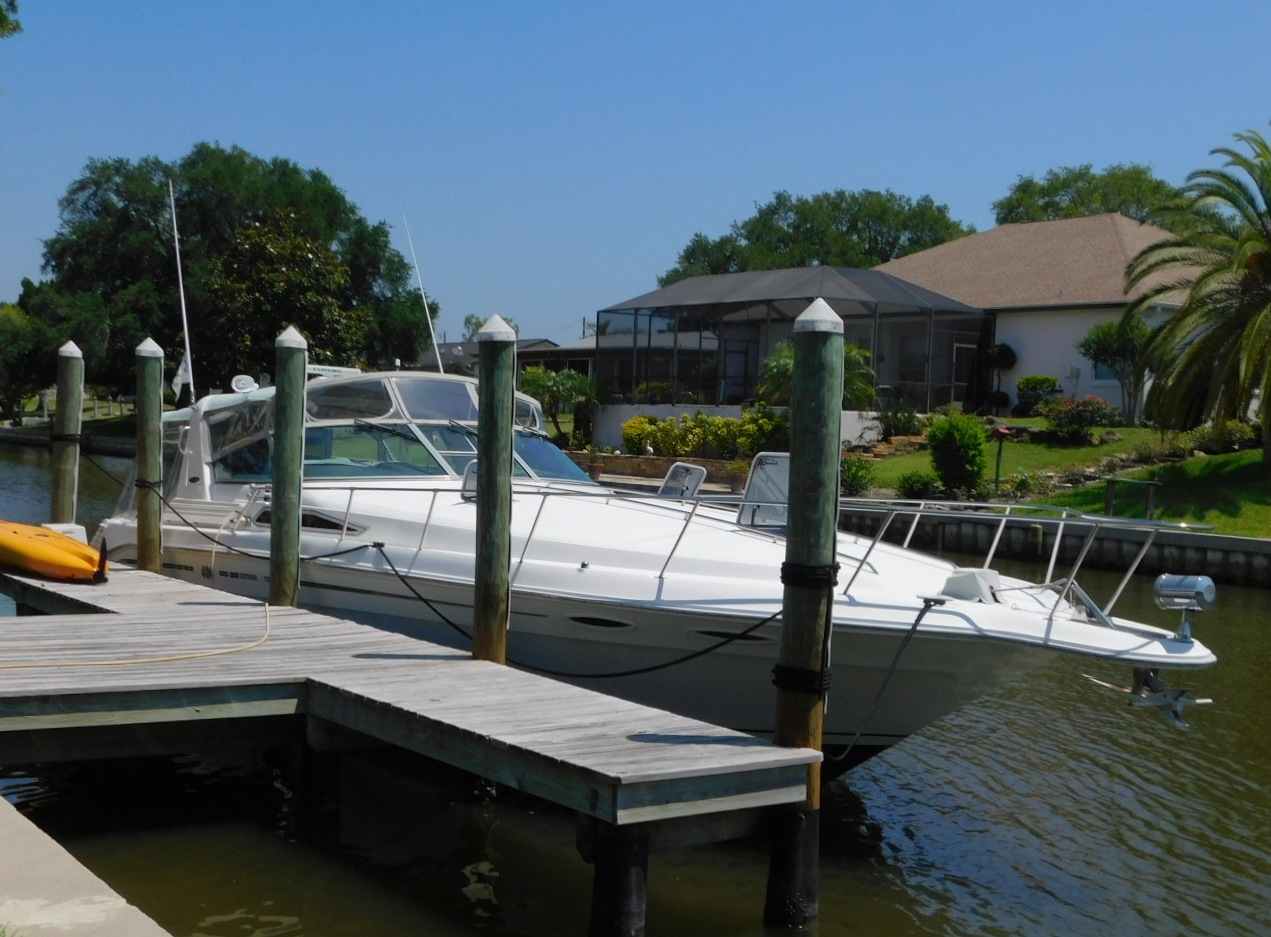 Sea Ray 400 Express Cruiser Diesel