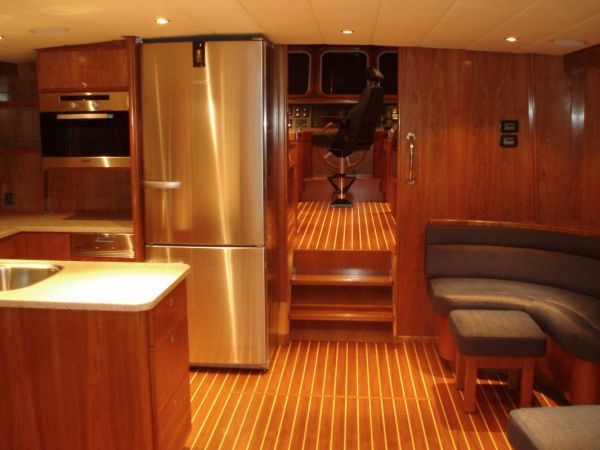 facing galley and pilothouse from salon