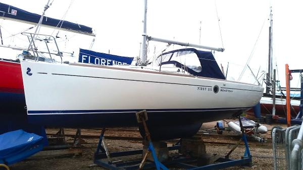 Beneteau First 211 Winter ashore 2017 before full cover.