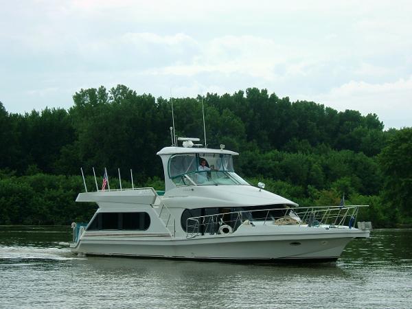 """Bluewater 510 Coastal Cruiser """"Custom Series"""" Main View on Water"""