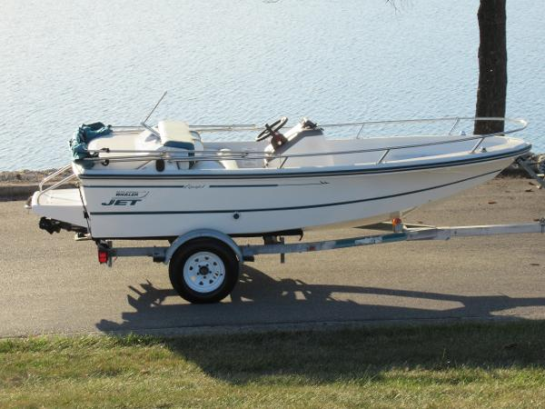 Boston Whaler Rage 14