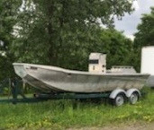 Commercial 21' Alum Work Boat w/Trailer