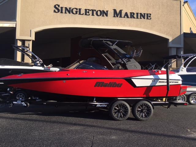 Malibu Boats LLC Wakesetter 22 MXZ