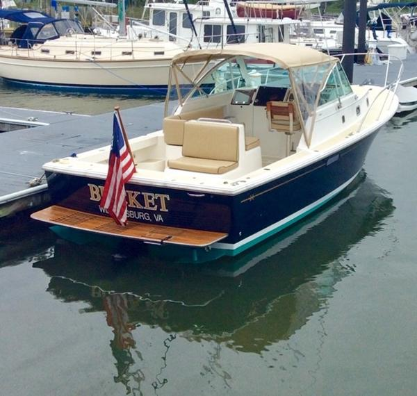 Hunt Yachts Surfhunter 29 Hunt Surfhunter 29