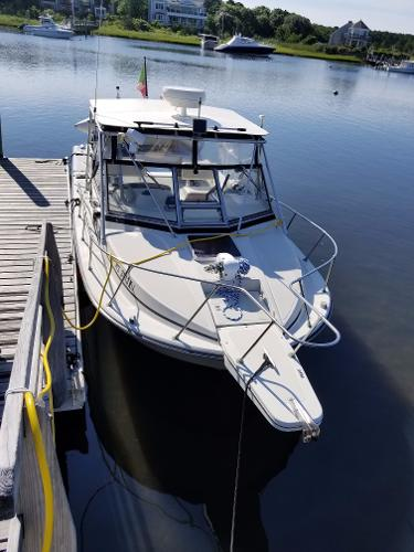 Boston Whaler 27 Full Cabin