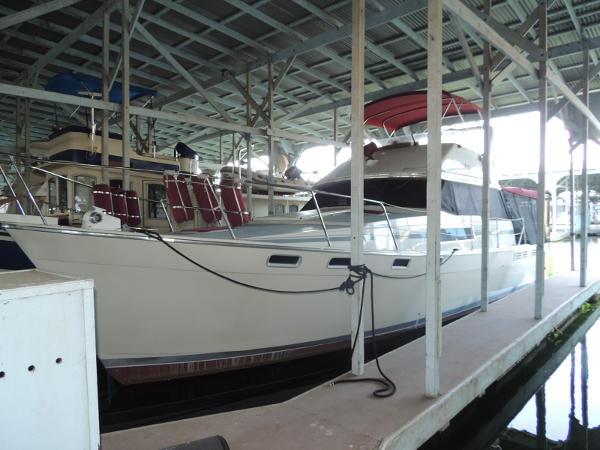 Bayliner 3870 Motoryacht Main photo