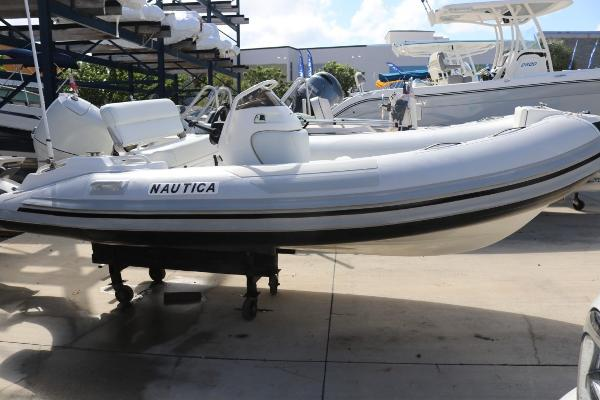Nautica 14 WB