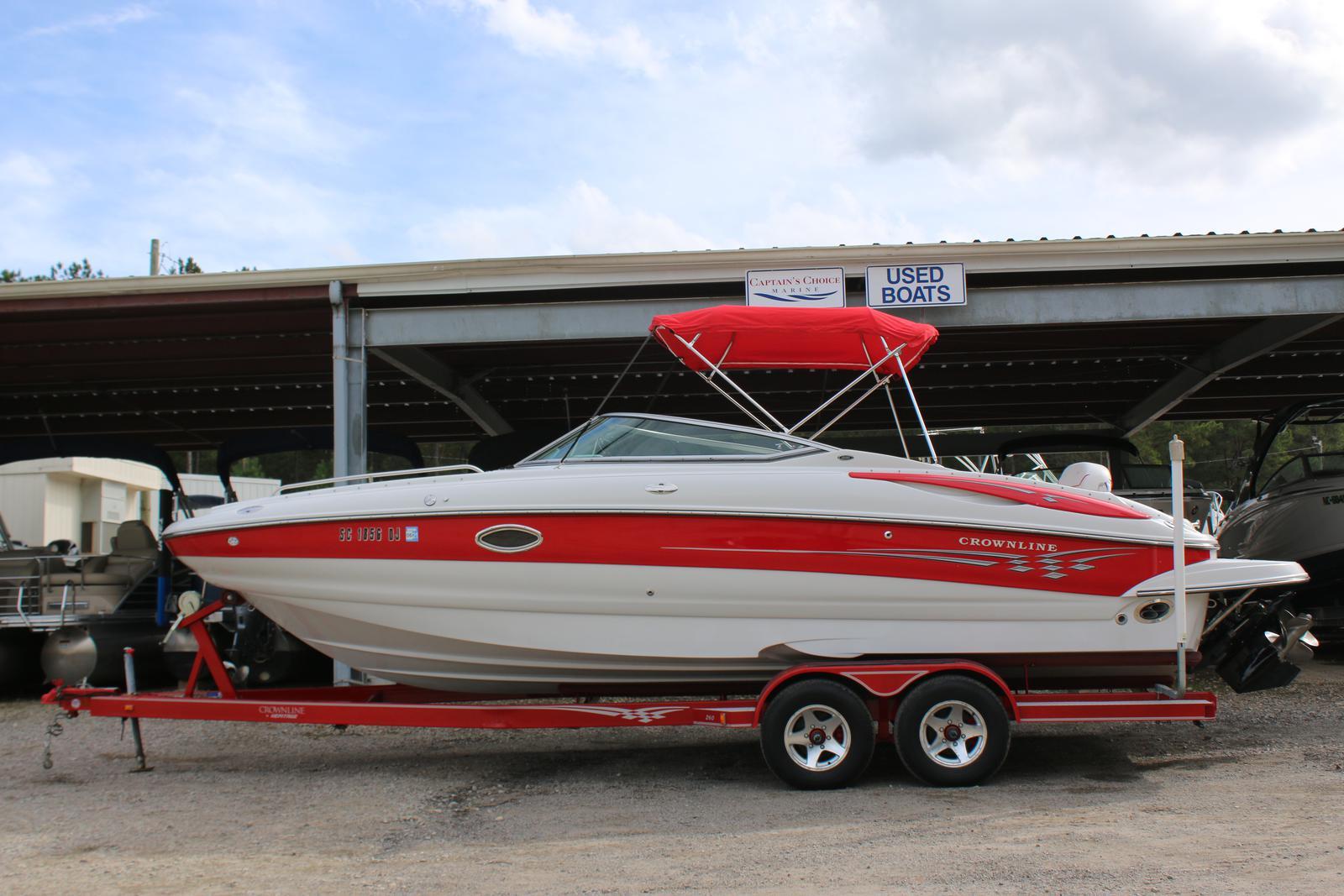 Crownline Deck Boat 260 EX