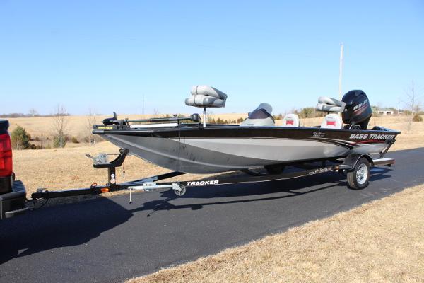 Tracker 190 TX