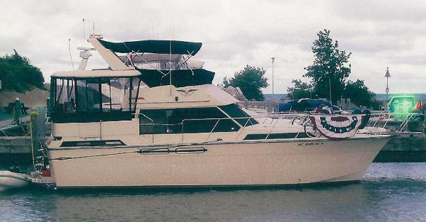 President 37 Motor Yacht