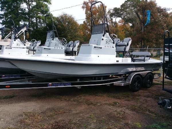 Shoalwater 23 CAT DLX RC