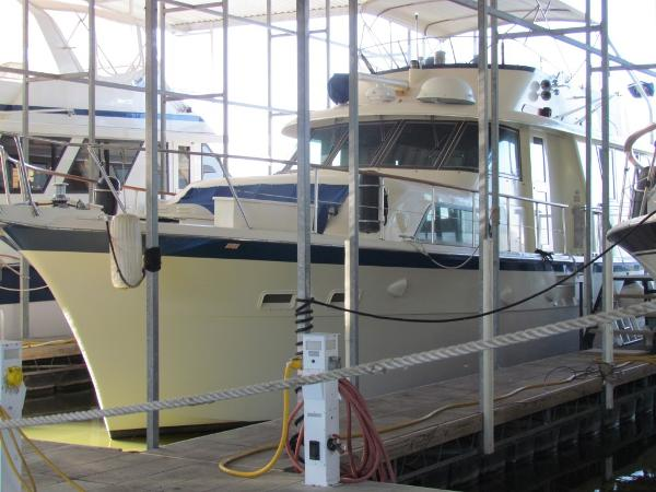 Hatteras 53 Extended Deck