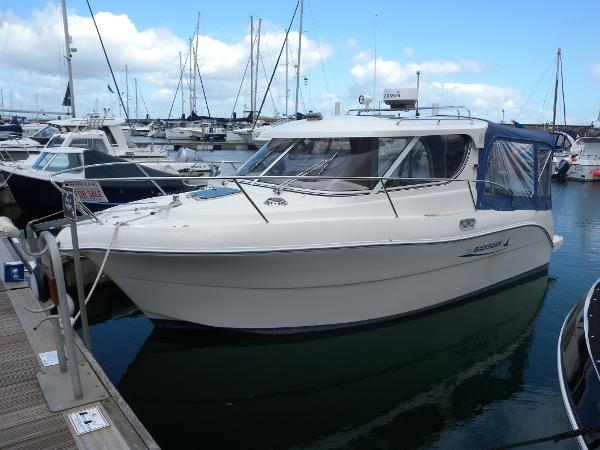 Quicksilver 700 Weekender Quicksilver 700 Weekender