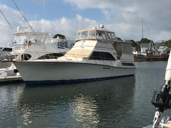 Ocean Yachts 46 Sunliner