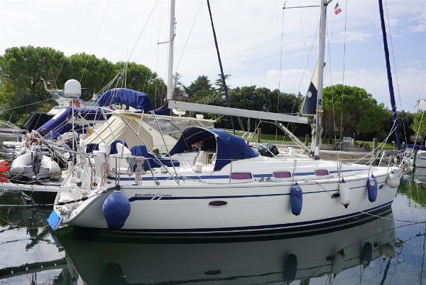 Bavaria 42 Cruiser _DSC2189