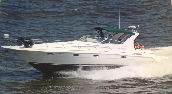 Cruisers Yachts 3375 Esprit