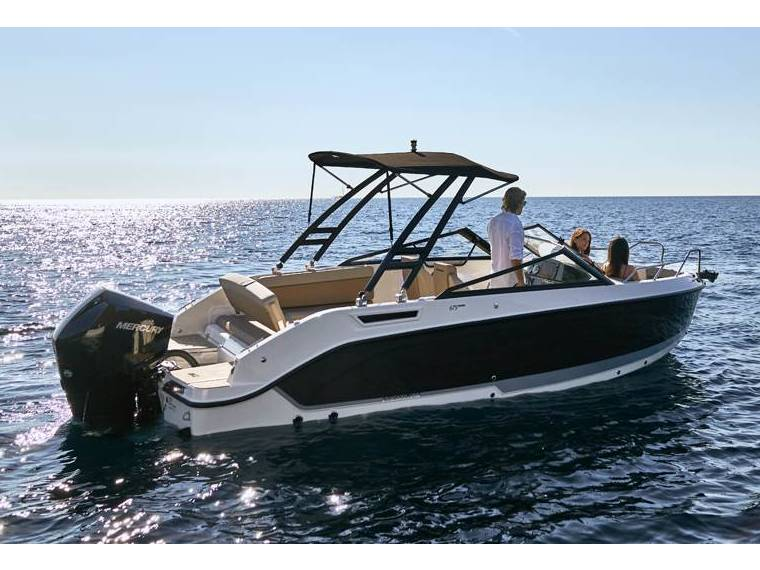 Quicksilver Quicksilver Activ 675 Bowrider