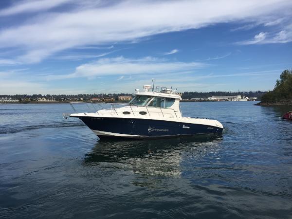 Seaswirl Striper 2901 Walkaround I/O