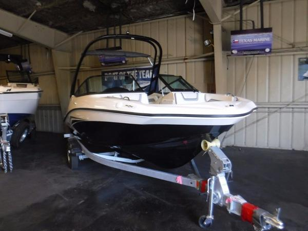 Yamaha Boats MOTOR CORP. AR190