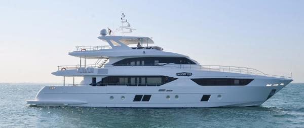 Majesty Yachts Majesty 105 Manufacturer Provided Image: Manufacturer Provided Image