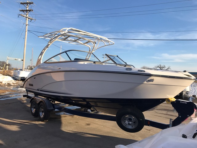 YAMAHA BOATS 242 Limited E-Series