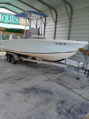Angler Grande Bay 22