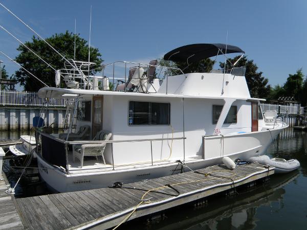 Pearson Motor Yacht