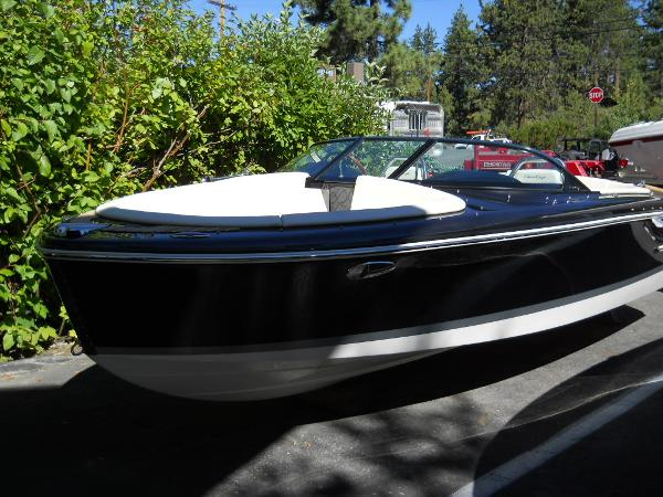 Chris-Craft 21 Carina
