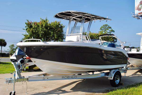 Robalo R180 Center Console 2018-robalo-r180-center-console-for-sale