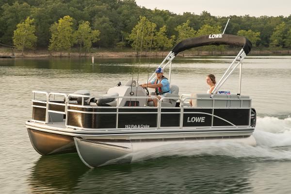 Lowe Ultra 162 Fish & Cruise