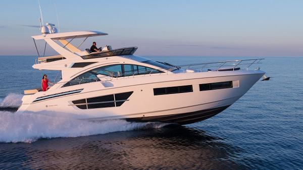 Cruisers 60 Flybridge